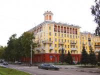 Новокузнецк, улица Кирова, дом 12. многоквартирный дом