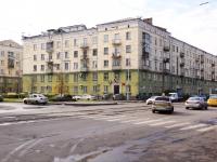 Новокузнецк, улица Орджоникидзе, дом 32. многоквартирный дом