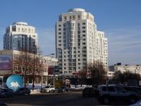 Новокузнецк, улица Орджоникидзе, дом 37. многоквартирный дом