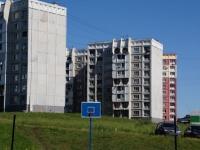 Новокузнецк, улица Звездова, дом 28. многоквартирный дом