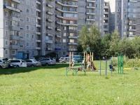 Новокузнецк, улица 11 Гвардейской Армии, дом 5. многоквартирный дом