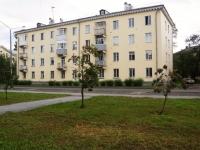 Новокузнецк, улица Веры Соломиной, дом 33. многоквартирный дом