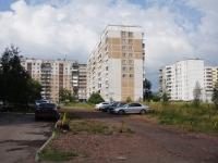 Novokuznetsk, Zorge st, house 30. Apartment house