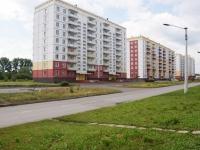 Новокузнецк, улица 40 лет Победы, дом 10. многоквартирный дом