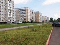 Новокузнецк, улица Братьев Сизых, дом 1. многоквартирный дом