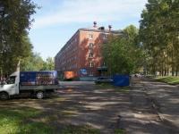 Новокузнецк, улица Мориса Тореза, дом 17. многоквартирный дом