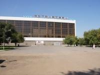"Новокузнецк, улица Мориса Тореза, дом 22Д. бассейн ""Запсибовец"""