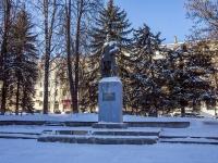 Кострома, памятник Я. М. Свердловуулица Советская, памятник Я. М. Свердлову