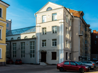 , Leningradskiy avenue, house 14. Apartment house