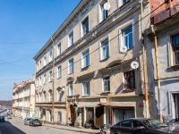 , Krepostnaya st, house 6. Apartment house