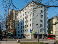 , Krepostnaya st, house 49. Apartment house