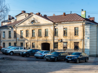 , st Porogonnaya, house 6. Apartment house