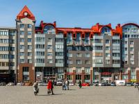 , st Ushakov, house 4. Apartment house