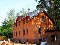 "neighbour house: st. Admiral Kuznetsov, house 8 с.1. temple ""Святого праведного воина Феодора (Ушакова)"""