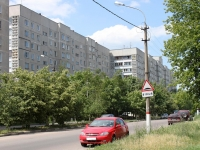 neighbour house: st. Bazhenov, house 15. Apartment house