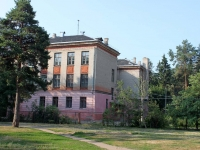neighbour house: st. Lesnaya, house 7. boarding school
