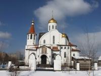 соседний дом: ул. Октября, дом 14. храм КАЗАНСКОЙ ИКОНЫ БОЖИЕЙ МАТЕРИ