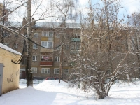 neighbour house: st. Novogireevskaya, house 10. Apartment house