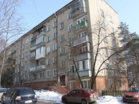 Dzerzhinsky, Bondarev st, house 28. Apartment house