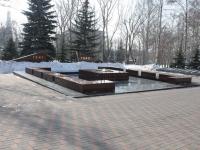 соседний дом: ул. Бондарева. памятник погибшим в Великой Отечественной Войне