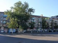 Коломна, Окский проспект, дом 1. жилой дом с магазином