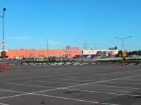Khimki, 购物中心 МЕГА, Leningradskoe 23 km rd, 房屋 1