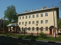 neighbour house: road. Entuziastov, house 7Б. governing bodies