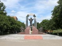 沃斯克列先斯克,  . 雕塑