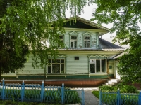 Kashira, square Volodarsky, house 1. Private house