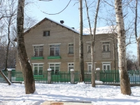 neighbour house: avenue. Oktyabrsky, house 384 к.4. nursery school №76