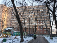 neighbour house: st. Initsiativnaya, house 7. Apartment house