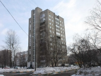 neighbour house: st. Initsiativnaya, house 68. Apartment house