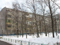 neighbour house: st. Initsiativnaya, house 70. Apartment house