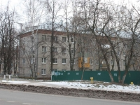 neighbour house: st. Popov, house 2. Apartment house