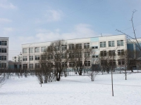 隔壁房屋: st. Voinov Internatsionalistov, 房屋 7. 学校 №25