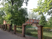 neighbour house: district. Belaya dacha, house 4. school начальная №3