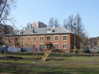 neighbour house: st. Fabrichnaya, house 42. Apartment house
