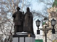 Нижний Новгород, памятник Князю Долгорукому и св. Симонуулица Кремль, памятник Князю Долгорукому и св. Симону