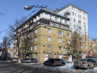 Nizhny Novgorod, Minin st, house 22. Apartment house