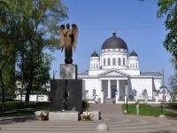 Нижний Новгород, проезд Ярмарочный. памятник Нижегородцам - участникам ликвидации последствий катастрофы на Чернобыльской АЭС