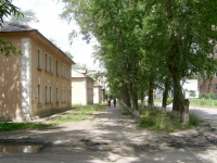 Novosibirsk, st Seraphimovich, house 22. Apartment house
