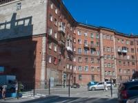 Новосибирск, улица Титова, дом 25. многоквартирный дом