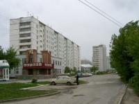 Новосибирск, улица Троллейная, дом 18. многоквартирный дом