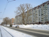 Novosibirsk, Trolleynaya st, house 41. Apartment house