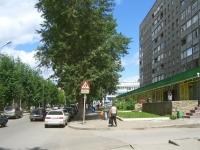 Новосибирск, улица Каменская, дом 44. многоквартирный дом