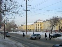 Новосибирск, улица Семьи Шамшиных, дом 40. больница