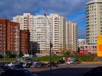 Novosibirsk, st Shamshynykh, house 12. Apartment house