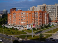 Novosibirsk, st Shamshynykh, house 4. Apartment house