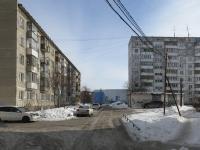 Новосибирск, улица Новосибирская, дом 15. многоквартирный дом