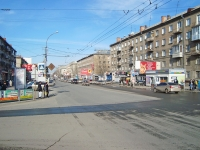 Novosibirsk, Karl Marks avenue, house 22. Apartment house with a store on the ground-floor